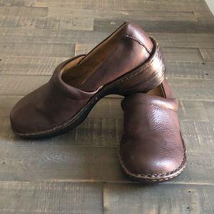 Bass Sheena Womens Clogs Shoes Sz 8.5
